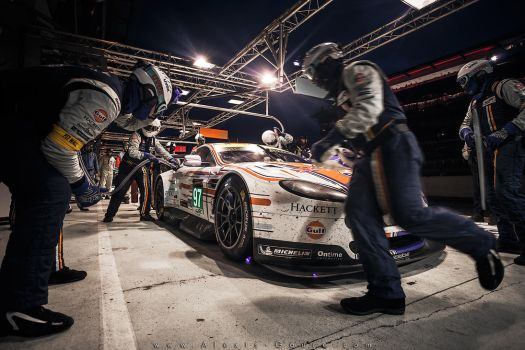 Aston Martin Racing - Pit stop by alexisgoure