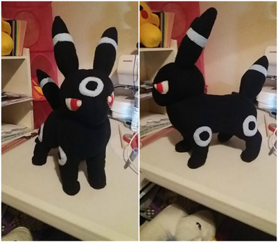 Shiny Umbreon Plush Commission by Gemlettuce