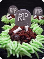 Halloween cupcake by cake4thought