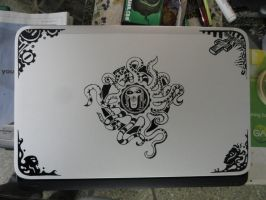 Custom Painted Dell XPS by chaitanyak