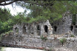 Roman Ruins 3 by enframed