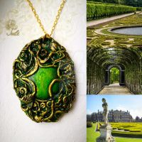 Green Amulet by Tuile-jewellery