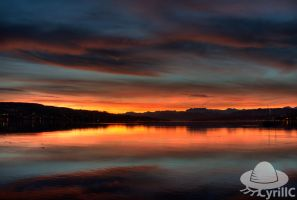 Morning at the lake of Zurich by CyrillC