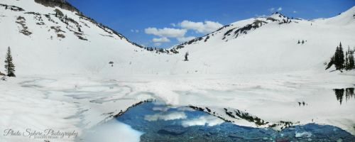 Monashee Lake by Jenn-b-photography