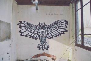 Owl - Street art by lyyy971