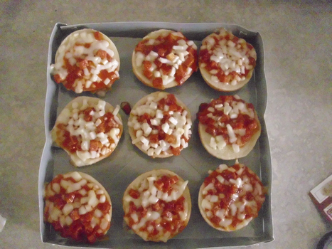 Pizza Bagel Bites by batboy138