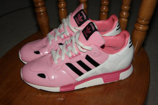 PINK SHOES BRO by AccessFlux