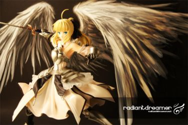 Winged Saber Lily by vihena