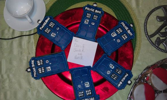 Ginger TARDIS cookies by MoConnor03