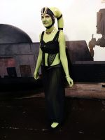 Green Twi'lek by Bhelia