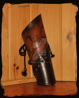 leather bracer elven by Lagueuse