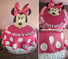 Minnie Mouse Cake by cakecrumbs