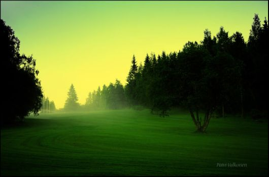 Foggy green light.. by closer-to-heaven