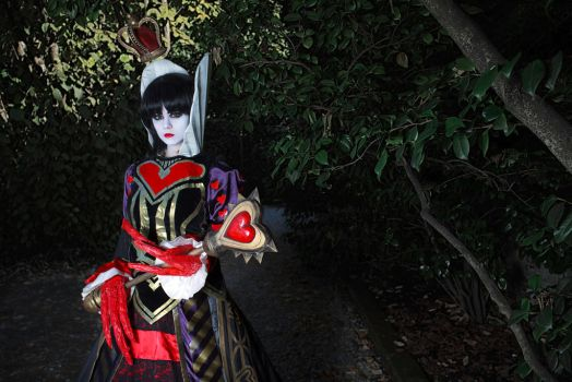 The Queen of hearts cosplay Alice Madness Returns by Achico-Xion