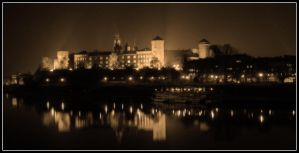 Cracow by night 19 bw by kazzdavore