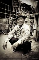 The Old Bicycle Seller by pelacurseni
