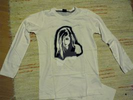 Avril Lavigne t-shirt by niC00L