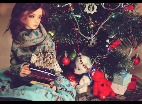 Happy Holidays! by AmeliaMadHatter