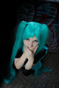 Miku Hatsune [Love is war] by KeitAshen