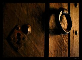 Knock on the door... by Ernestine-SB