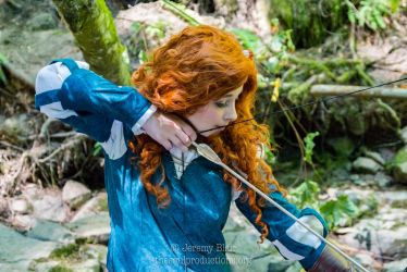 Merida Cosplay - I'll be shooting for my own hand! by DrisanaRM