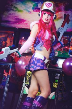 Arcade Miss Fortune Cosplay - The fun begins! by TineMarieRiis