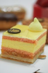Mango and passion fruit cake by NatalieFNS