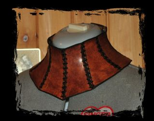 leather neck corset by Lagueuse