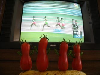 Tomatoes watch the olympics by twofuzzysumos