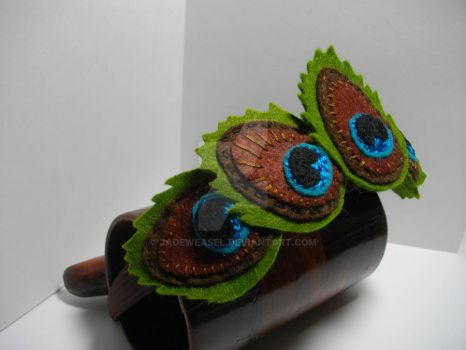 Felt Peacock Feathers by Jadeweasel