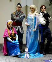 Snow Queen, Princess, Ice Guy and the Nice Guy? by tangledinthread