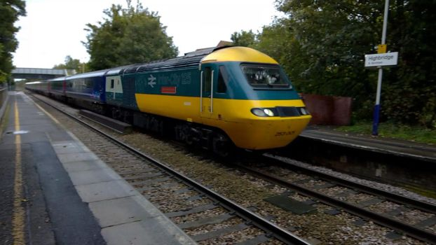 43002 Flies through Highbridge and Burnham by thinskin45