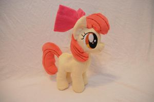 Apple Bloom Plushie by makeshiftwings30