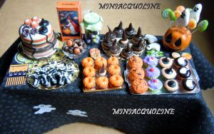 Big Halloween party table - dollhouse miniature by miniacquoline