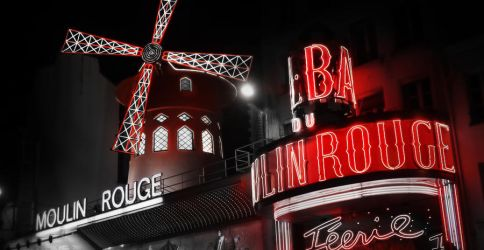 Moulin Rouge by TheGreenRabbit