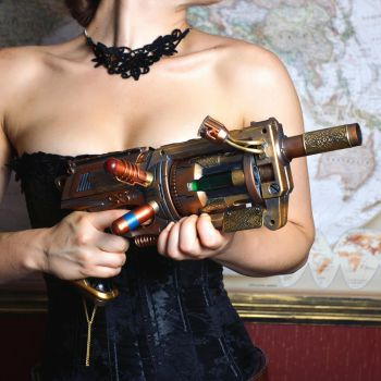 Steampunk Weaponry : The Girl, The Guns : 2 by HyperXP