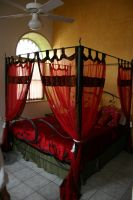 Four Poster Bed by FoxStox