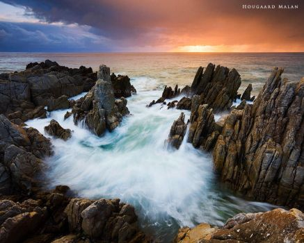 Bay of Spears by hougaard