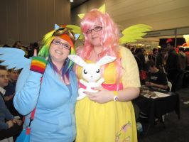 Oz Con 2012- RD and Fluttershy cosplay by Asp3ll