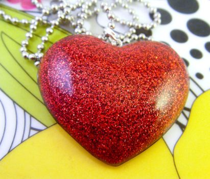 Heart So Red - Resin Necklace by elephont