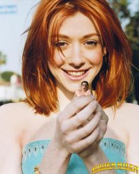 Alyson Hannigan and tiny Jason by lowerrider