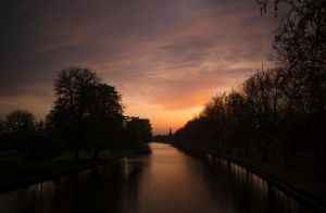 Sunset from a bridge! by Mincingyoda