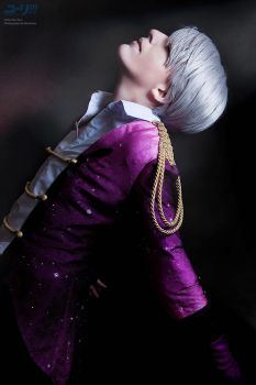 Yuri!!! On Ice - Victor by RomaiLee