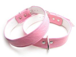 Pink leather collar by Me-Se