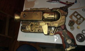 Steampunk Clockwork gun by Kriegsammler