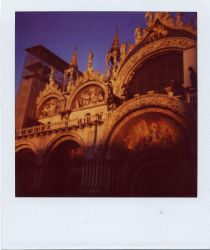Basilica by vickehh