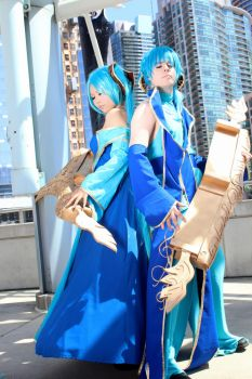 FanExpo 2013 - Sona Cosplay ~ League of Legends by Aenaisago
