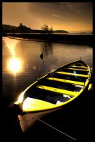 Yellow boat by DormirReverPeutEtre