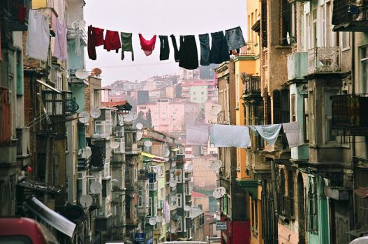 Street, houses, the clothes lines by rezzanakin