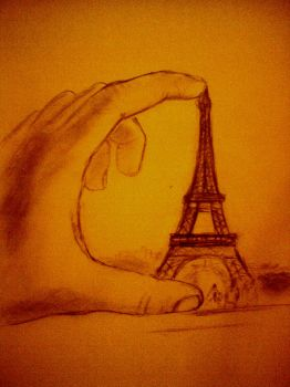Eiffel in my hand by mauplay